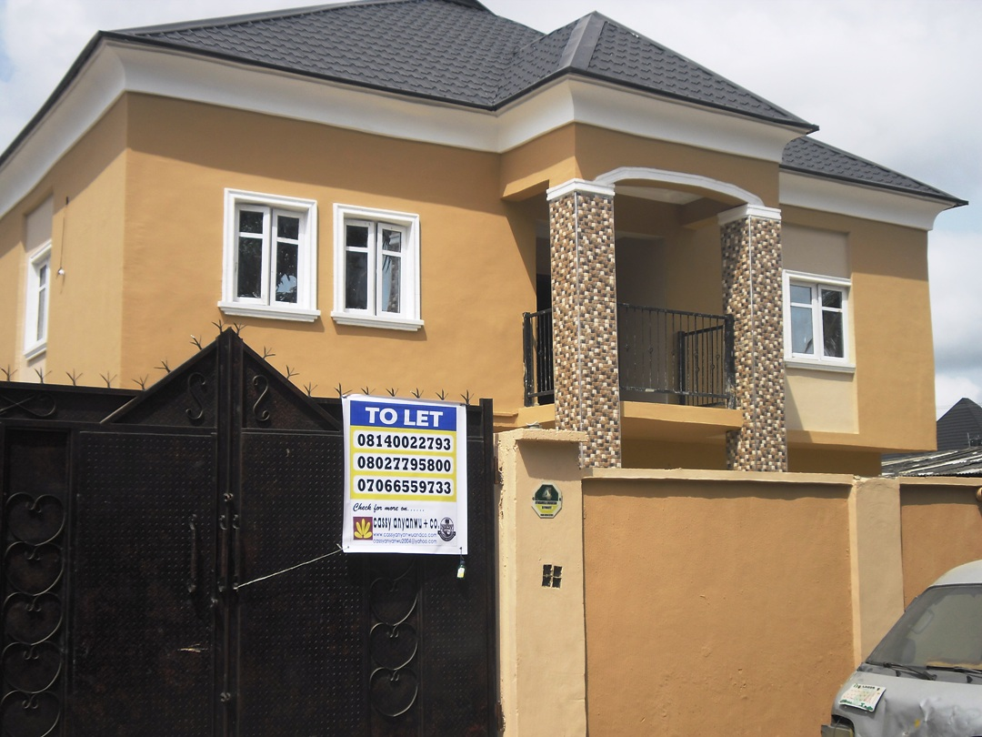 Brand New Block of 4 (nos) 3 Bedroom Flats at Okota, Lagos.